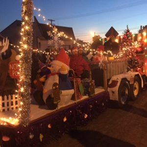 Christmas Float R (2)